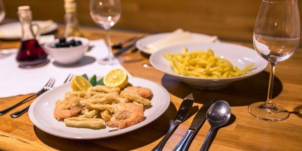 Krevety a kalamáre so zemiakovými hranolčekmi