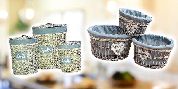 Vintage koše alebo košíky pre útulné bývanie