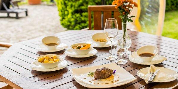 Steaky z hovädzej sviečkovice v hoteli Agátka