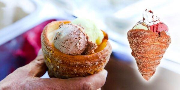 Trdelník plnený zmrzlinou