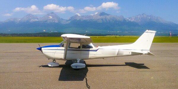 Let športovým lietadlom+pilotovanie na skúšku