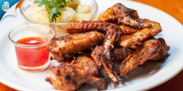 Chrumkavé kuracie krídla + zemiakový šalát