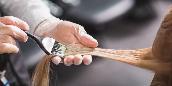 Dámsky strih a farbenie vlasov
