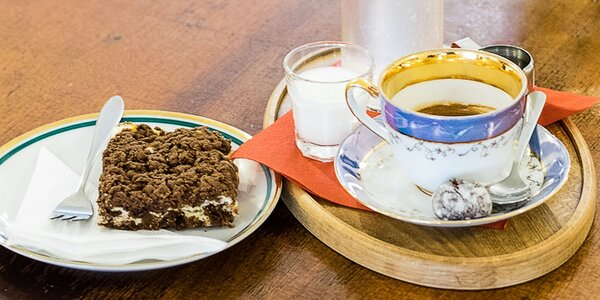 Sypaný čaj, káva a domáci koláčik - jeseň, ktorá chutí
