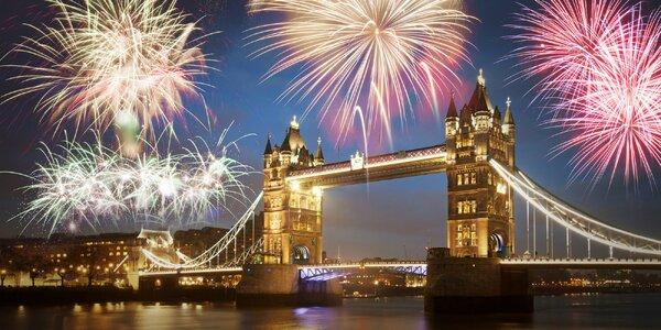 Silvestrovský Londýn s ohňostrojom