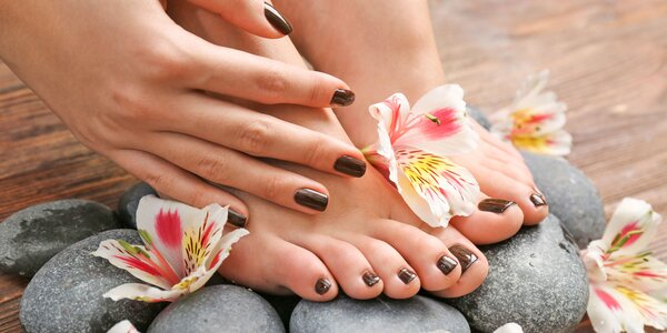 Japonská manikúra, gél lak a wellness pedikúra