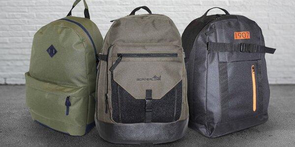 Praktické športové batohy