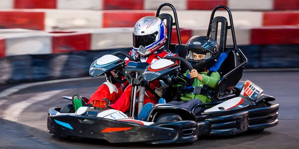 Zábavná jazda na motokárach v Kart One Arene