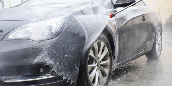 Čistučké auto aj bez dotyku!
