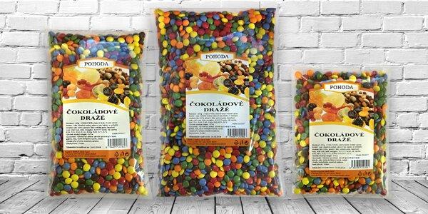 Čokoládové dražé: farebné cukríky pre malých i veľkých