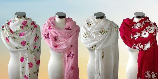 Elegantné veľké šatky s jarnými motívmi