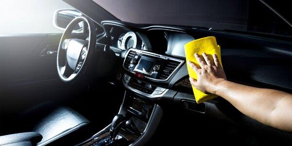 Čistenie aj s tepovaním osobných automobilov