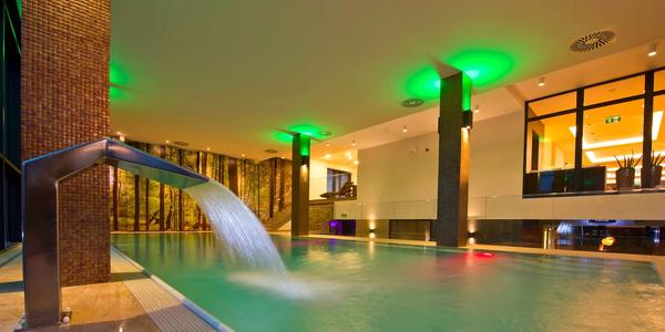 A aby ste si autíčko poriadne užili, tak vám k nemu pridáme aj luxusnú dovolenku v Hoteli Lesná****