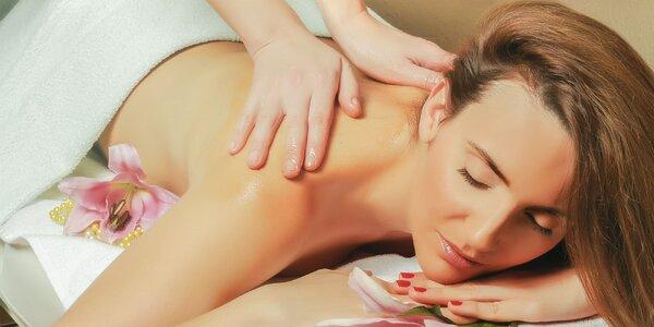 Klasická masáž či reflexná masáž chodidiel