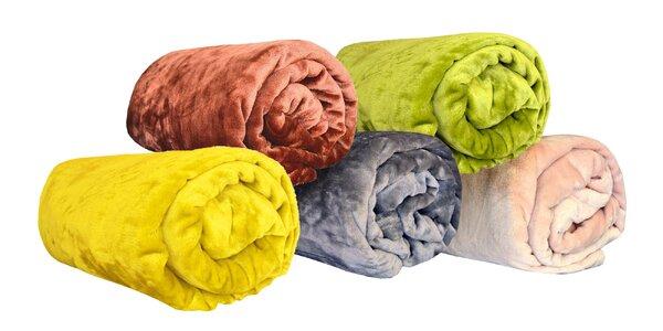 Farebné deky z mikroflanelu v 14 farbách