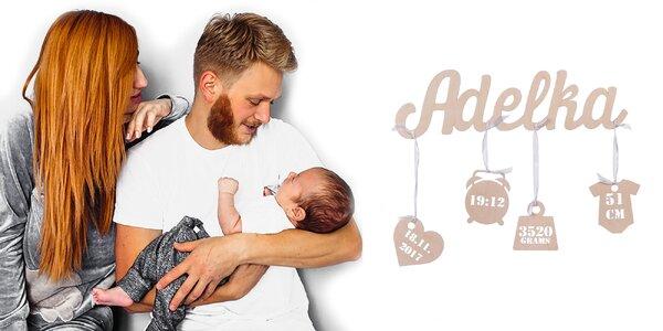Drevené meno s pôrodnými údajmi novorodenca