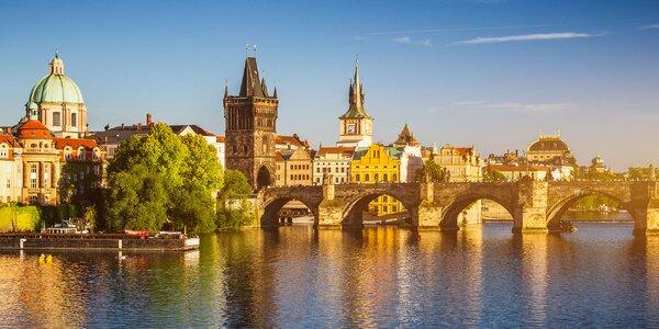 Vyhliadkové plavby po Vltave i s občerstvením a hudbou