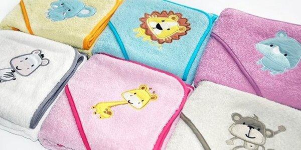 Roztomilá detská osuška s kapucňou a umývacou rukavicou