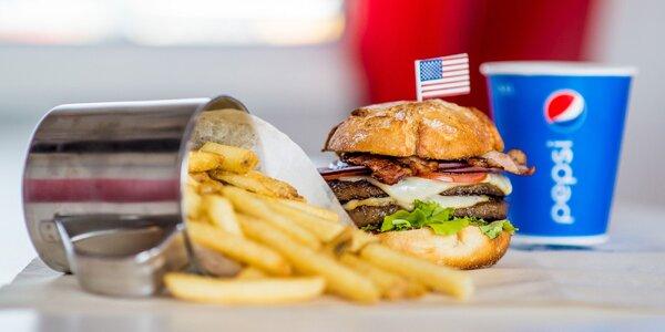 Vynikajúci americký Double Las Vegas burger v Retro Carburger-i!