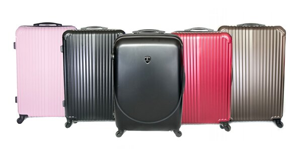 Kvalitné škrupinové kufre v troch veľkostiach