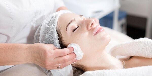 Kozmetické služby a ošetrenia pleti v salóne Clarity