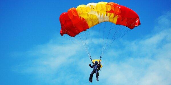 ADRENALÍN! Sólo zoskok padákom z výšky 1200 metrov