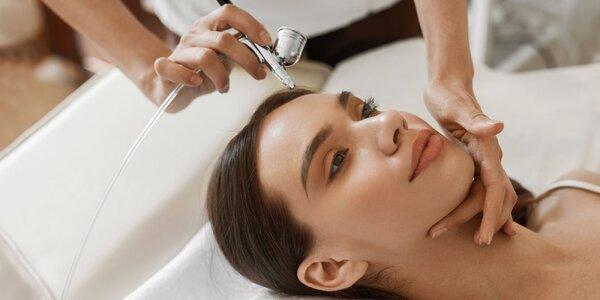 Kyslíkové ošetrenie alebo masáž tváre a dekoltu