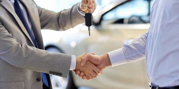 Požičajte si auto a užívajte si ho celý deň!