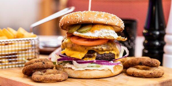 Burger s hranolčekmi a hodinou bowlingu