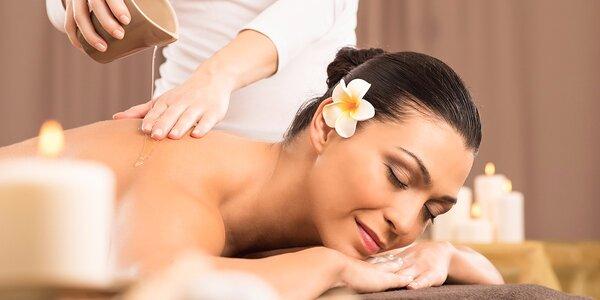 Masáž chrbta pre sedavé zamestnanie alebo celotelová masážna procedúra Ganga + darček
