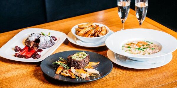 Steak z hovädzej sviečkovice s polievkou a dezertom pre 2 osoby