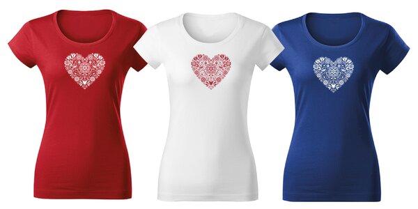 Krásne dámske tričká s folklórnou potlačou