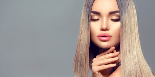 Strih, farbenie či hĺbková regenerácia vlasov