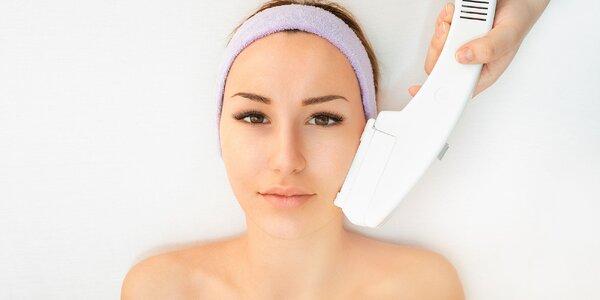 Hydratačné ošetrenie pleti, fototerapia a lashlifting