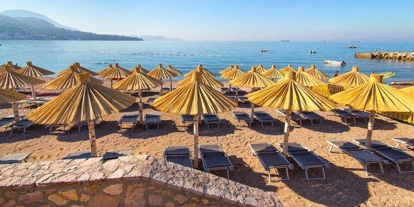 7 nocí v Čiernej Hore: hotel na pláži a polpenzia