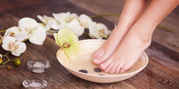 Mediciálna suchá pedikúra, kombinovaná alebo wellness pedikúra