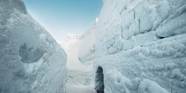 Najväčší snežný labyrint na svete – iba kúsok od slovenských hraníc