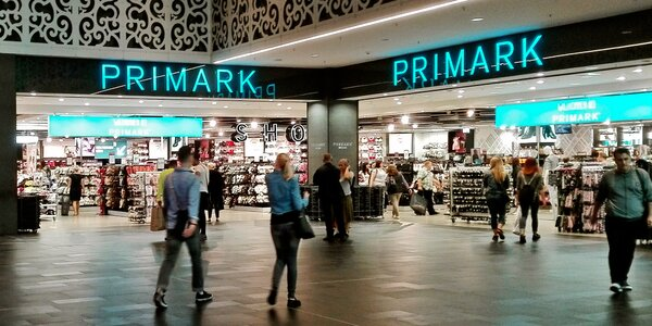Vyberte sa na novoročné nákupy do Primarku a Parndorfu!