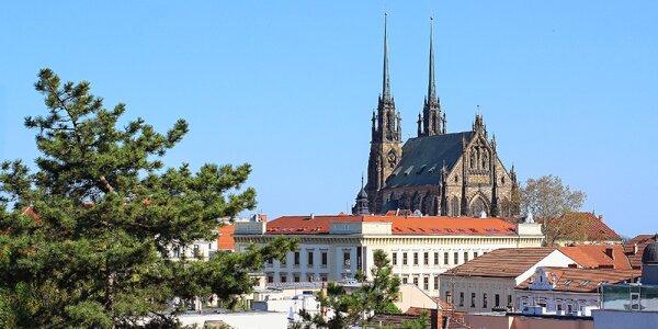 Pobyt v ikonickom prvorepublikovom hoteli v centre Brna: polpenzia a sauna