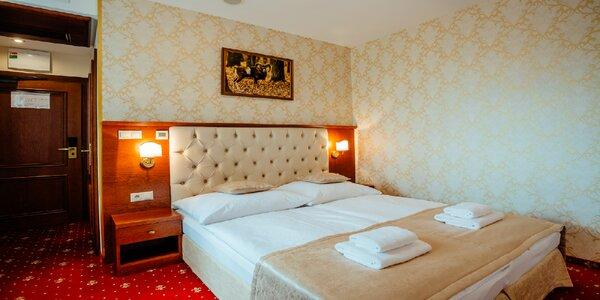 Romantický pobyt s wellness a polpenziou v Chateau Hunting***