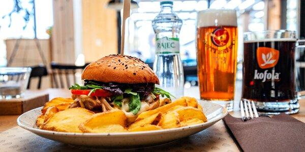 Skvelá pizza či burger v novej reštaurácii Pinus