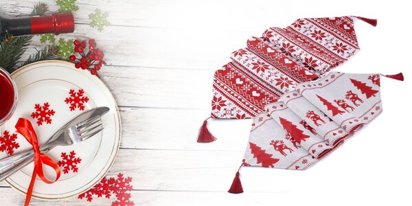 Vianočný behúň alebo obrus na stôl