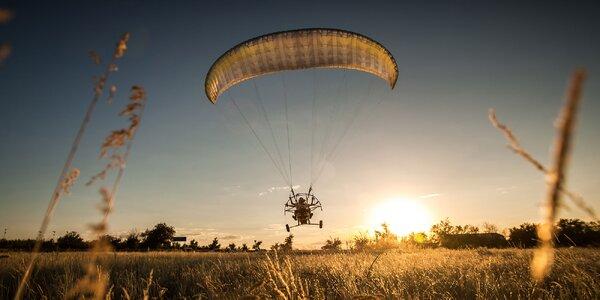 Liptov ako na dlani s hodinovým tandem motorovým paraglidingom