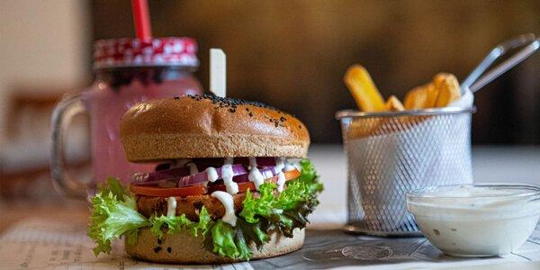 5 druhov burgerov s hranolčekmi a nápojom