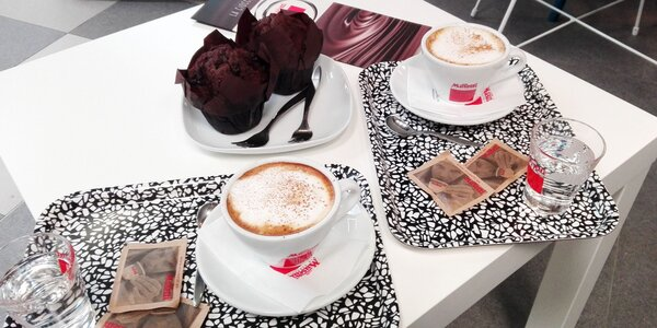 Espresso alebo Cappuccino + čokoládový muffin