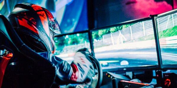Vzrušujúca jazda na závodnom simulátore s virtuálnou realitou v X aréne Zvolen!