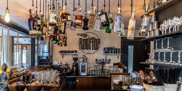 Fantastické miešané drinky v Rooftop by Regal