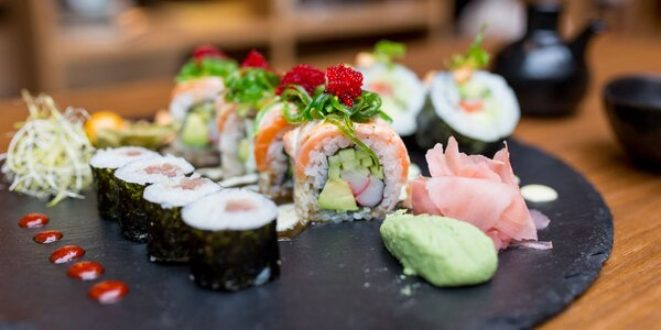 Veggie alebo special sushi sety z LOBBY BARU
