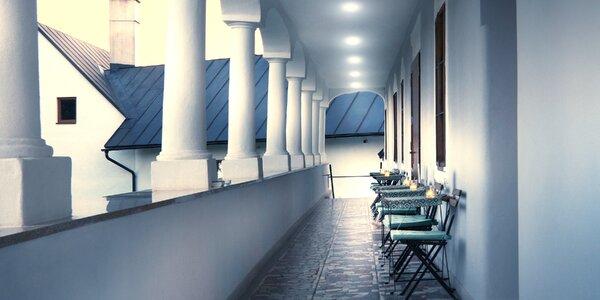 Romantický pobyt v krásnom kaštieli Čičmany so zľavou na skipasy