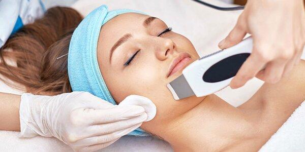 Čistenie pleti s masážou tváre alebo darčekové poukazy